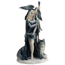 Arcana the Shaman Figurine (Ruth Thompson)