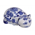 Blue Willow Cat Decor